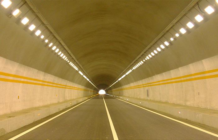 承赤高速公路隧道照明系统解决方案