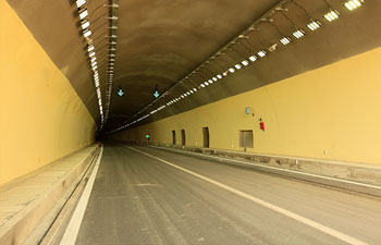 承秦高速公路隧道照明系统解决方案